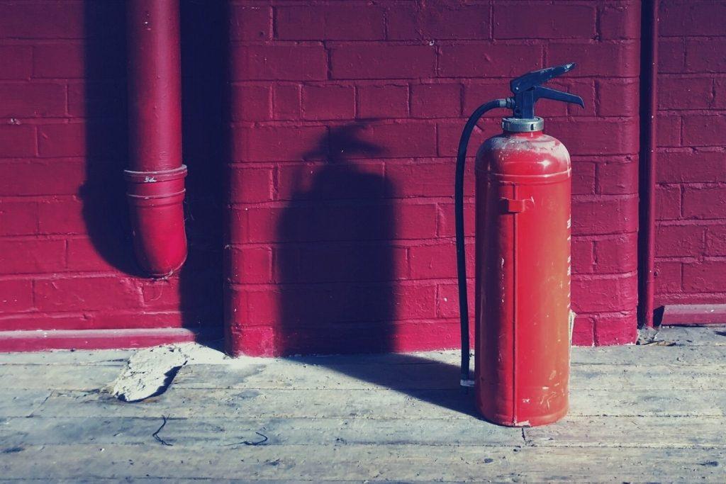 cierrapuertas contra incendios