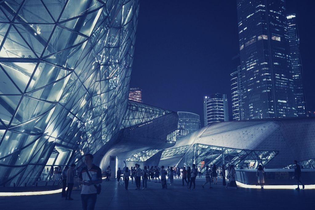 Guangzhou Opera House in Cina della donna architetto Zaha Hadid